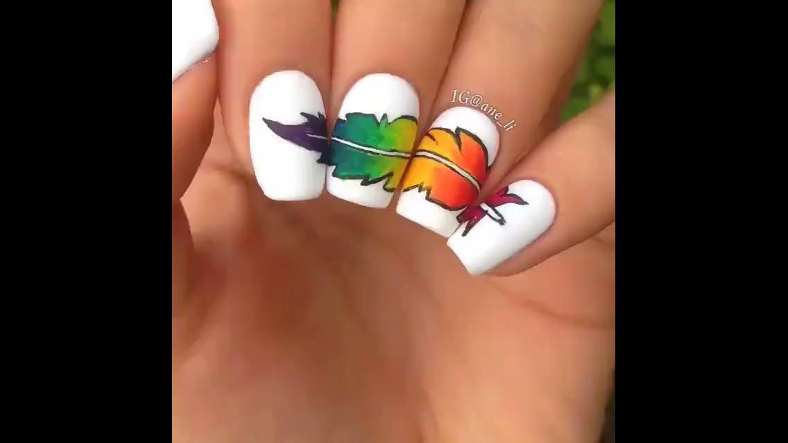 Tutorial de unhas decoradas com desenhos de pena, olha só que charme!!!!