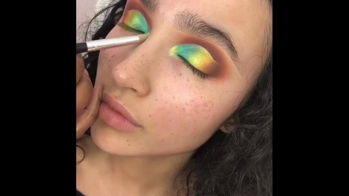 Tutorial para fazer uma sombra colorida