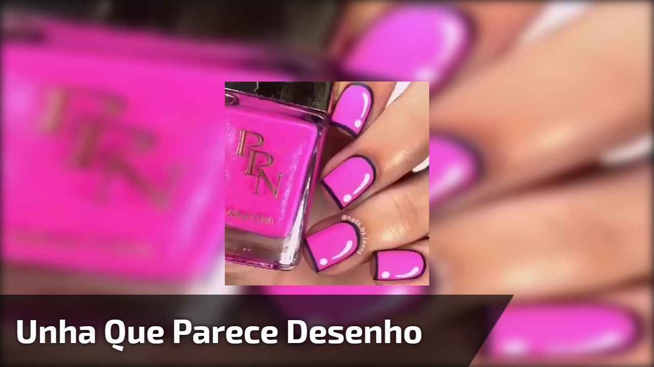 Unha com esmalte rosa decorada com contorno preto e detalhe branco!!!