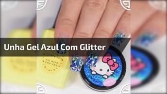 Unha Decorada Com Esmalte Em Gel Azul Com Glitter E Desenhos!