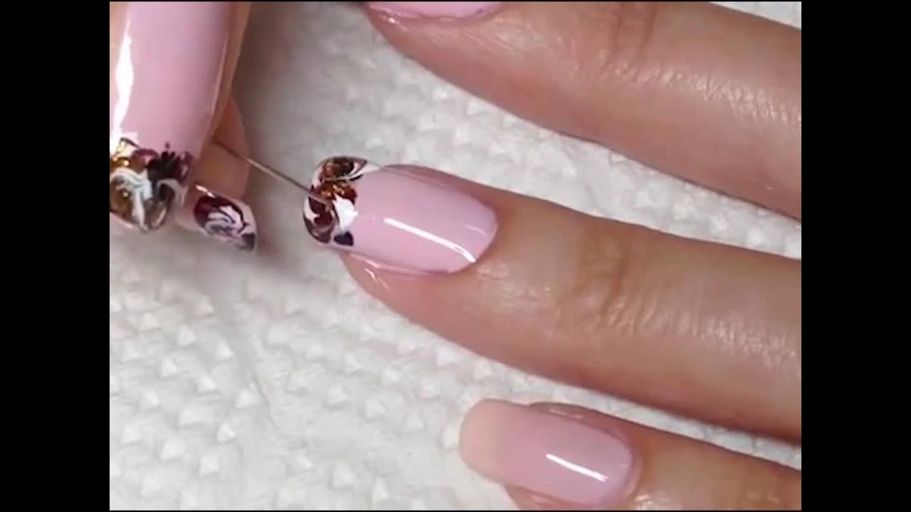 Unhas com esmalte rosa e francesinhas decoradas veja que lindas