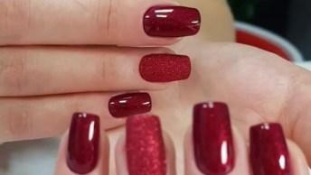 Unhas Com Esmalte Vermelho E Formato Quadrado, Veja Que Lindas!