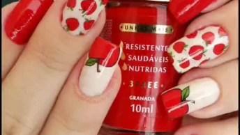 Unhas Decoradas Com Desenhos Vermelhos, Ficaram Lindas!