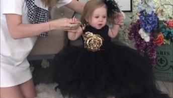Vestido De Uma Princesinha, Olha Só Que Coisinha Mais Linda!