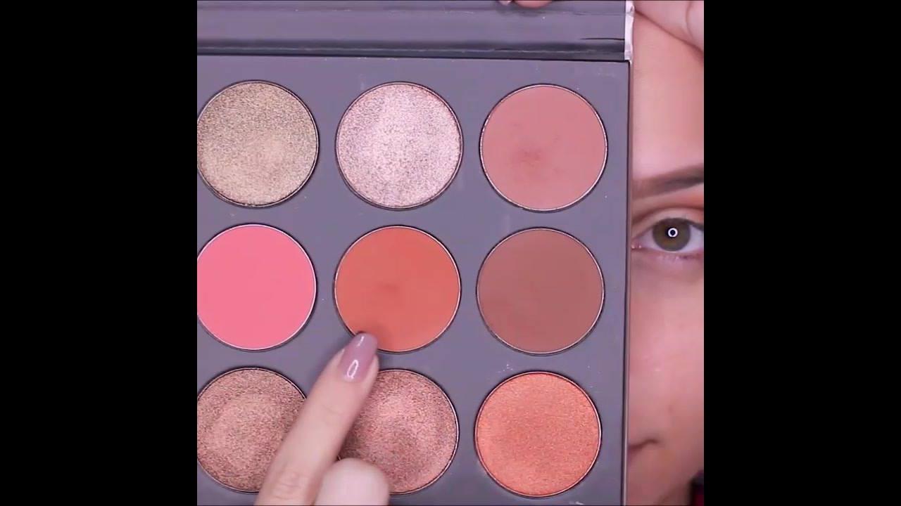 Vídeo com inspiração de make com sombra marrom claro, e Glitter dourado!!!