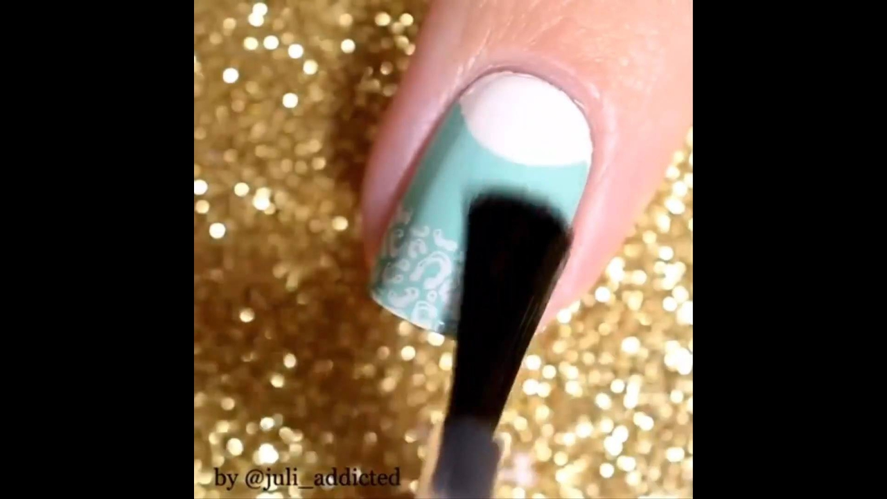 Vídeo com inspirações de decorações para unhas, vale a pena conferir!!!