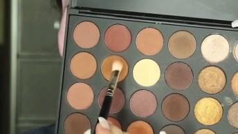 Vídeo Com Linda Maquiagem Feitas Após Aplicação De Mascara De Colágeno!