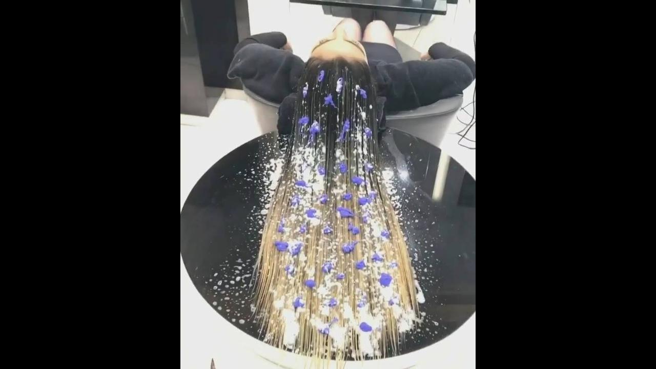 Vídeo com linda transformação de cabelos