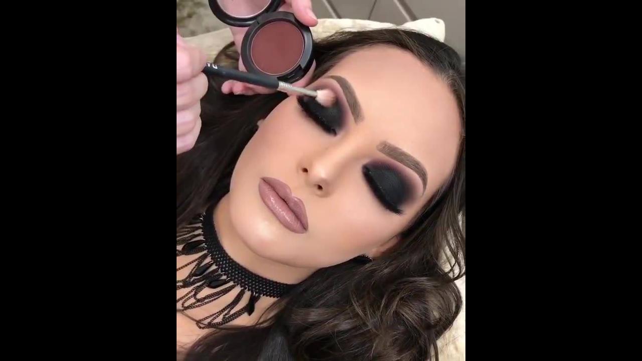 Vídeo com maquiagens para formandas