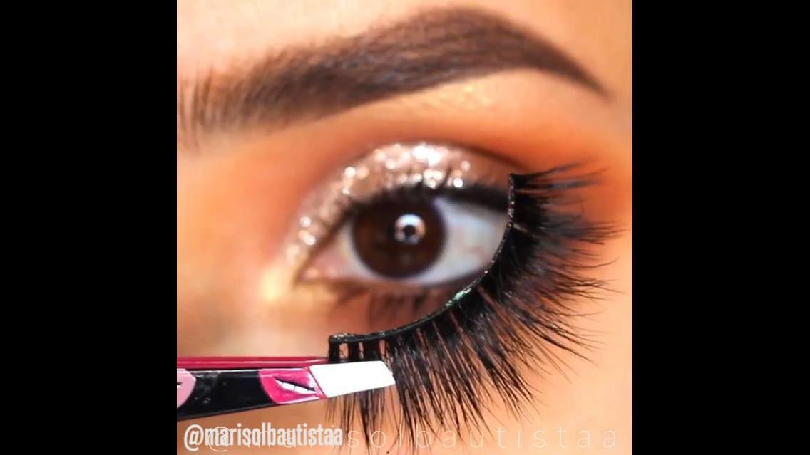 Vídeo com maquiagens para os olhos