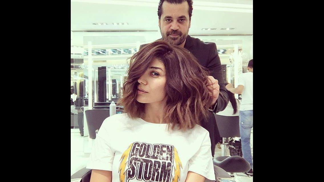 Vídeo com transformação de corte de cabelo e cor, veja que lindo este cabelo!!!