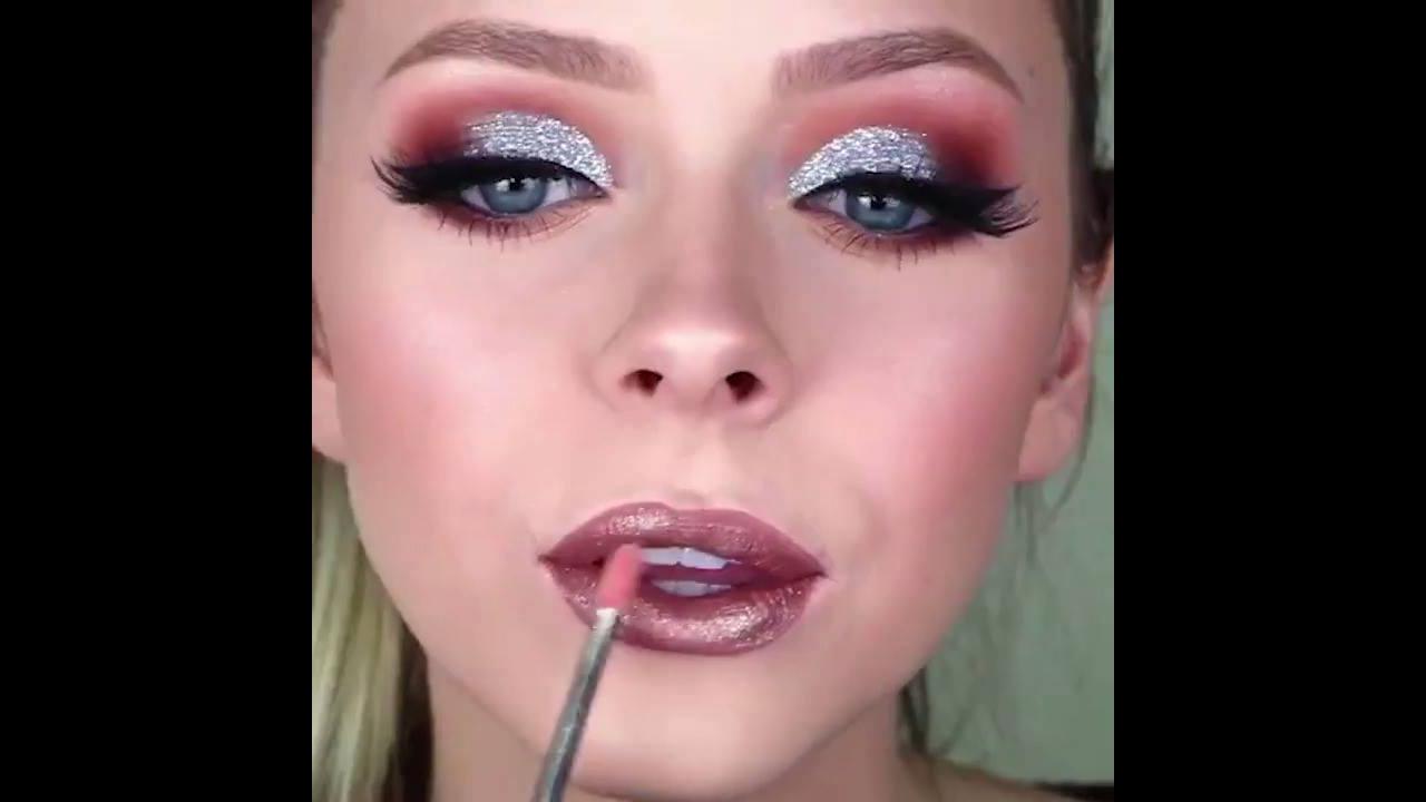 Vídeo com tutoriais de maquiagens para você arrasar nas festas
