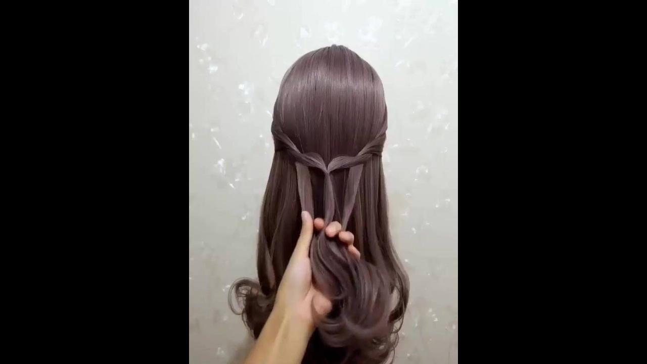 Vídeo com tutoriais de penteados para te inspirar