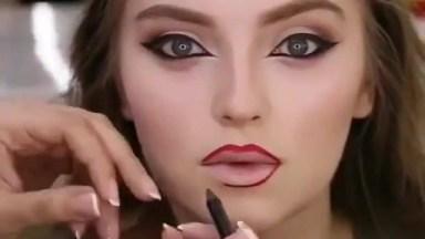 Vídeo Com Tutorial De Maquiagem Lindo, Toda Mulher É Maravilhosa!