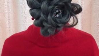 Vídeo Com Vários Passo A Passo De Penteados Para Cabelos Longos!