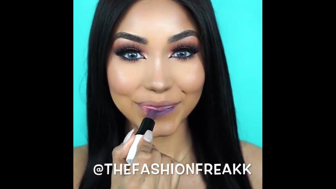 Vídeo mostrando cores batons um mais lindo que o outro