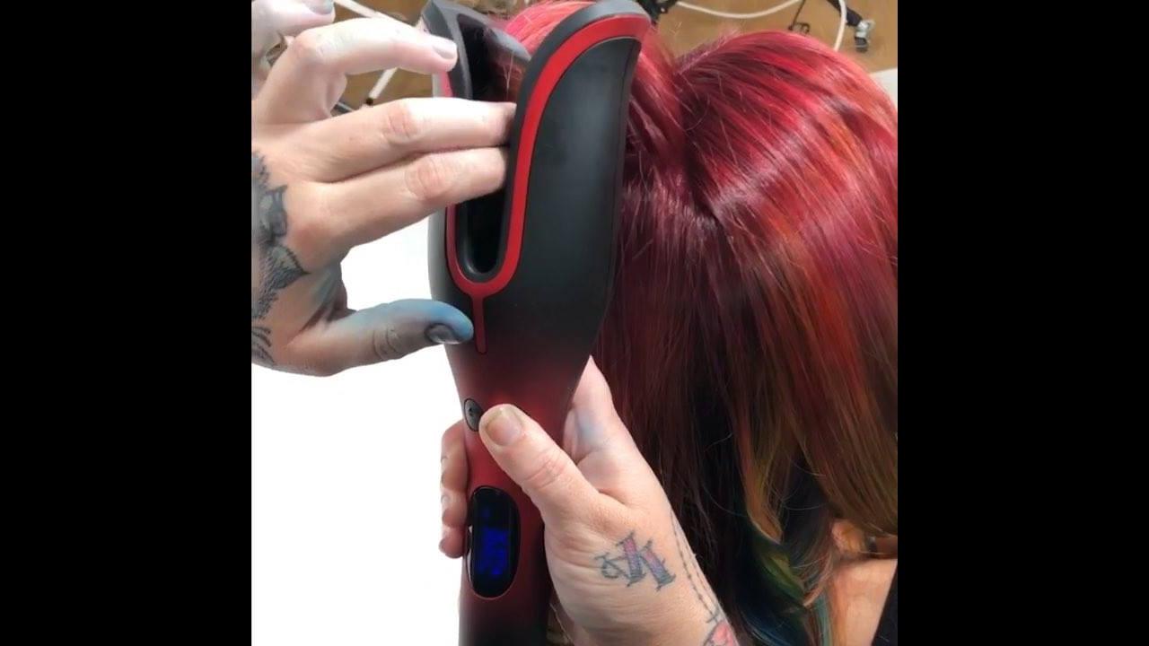 Vídeo mostrando novo aparelho de enrolar os cabelos