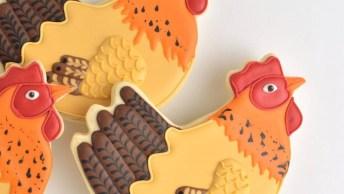 Biscoitos Decorados Com Formato De Galinhas, Fica Uma Graça!