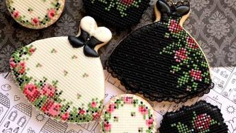 Biscoitos Decorados Em Formato De Vestido, Eles São Lindos Demais!