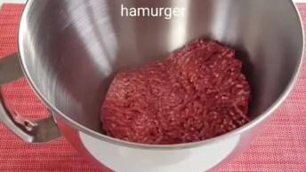 Bolinhos De Carne Moída Assados Com Batata, Abobrinha E Tomate, Aprenda!