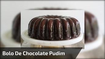 Bolo De Chocolate Com Cobertura De Pudim, Parece Que Isso Fica Muito Bom!