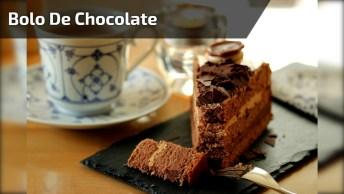 Bolo De Chocolate Com Ninho E Morango, Um Bolo Irresistível!