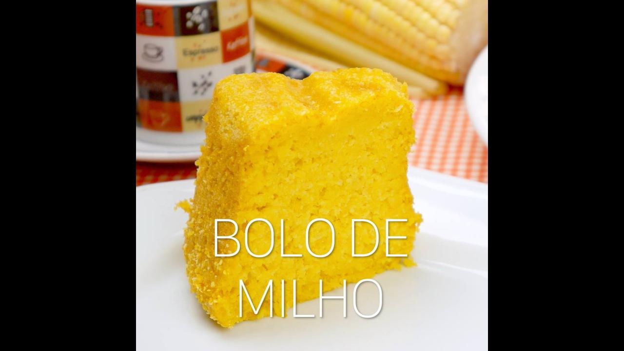 Bolo de Milho com milho de lata cozido