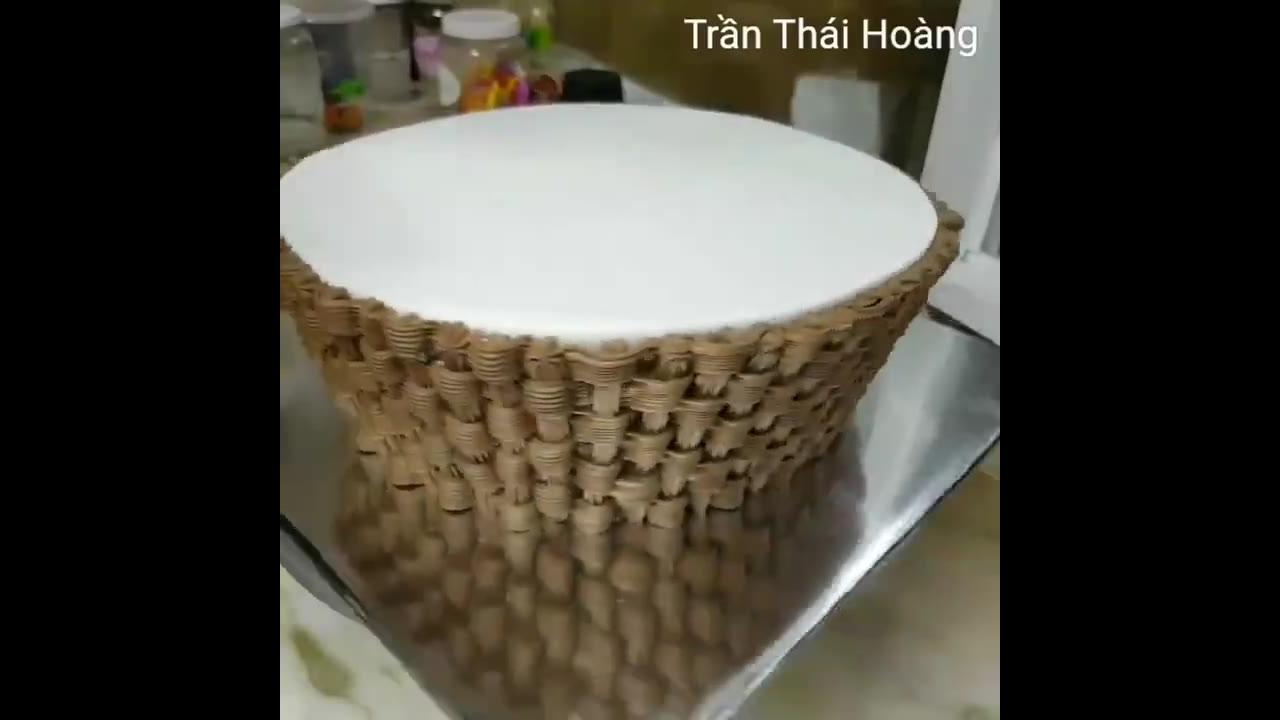 Bolo em formato de cesta de flor