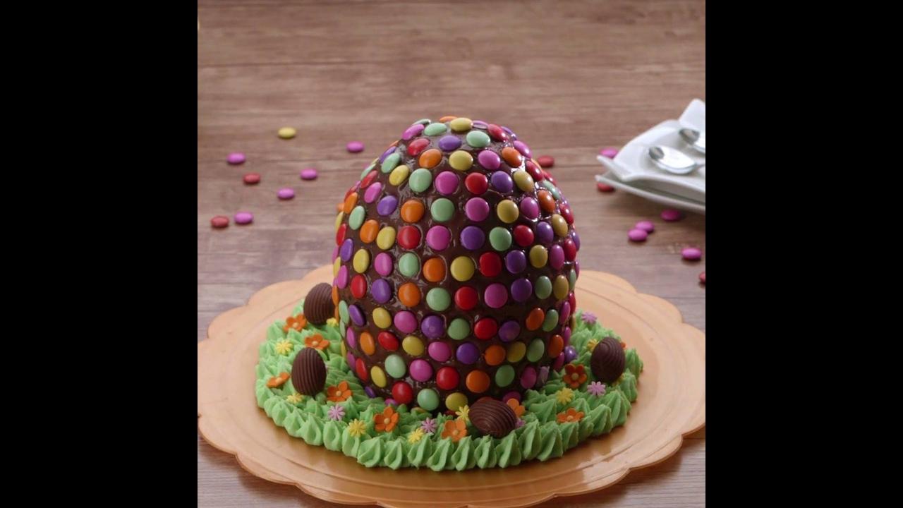 Bolo em Formato de Ovo de Páscoa - Um bolo perfeito para a data!
