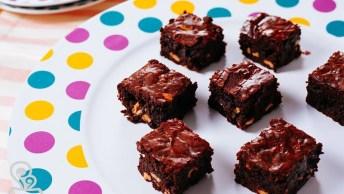 Brownie Caramelado Com Castanha, Felicidade Em Forma De Comida!