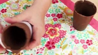 Caixa Feita De Chocolate Com Morangos Decorados Dentro, E Copinho Com Cenoura!