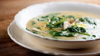Como Fazer Uma Sopa De Fubá Com Couve, Uma Receita Fácil De Fazer!