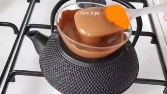 Como Usar Gelo Para Fazer Uma Sobremesa De Chocolate? Veja No Vídeo!