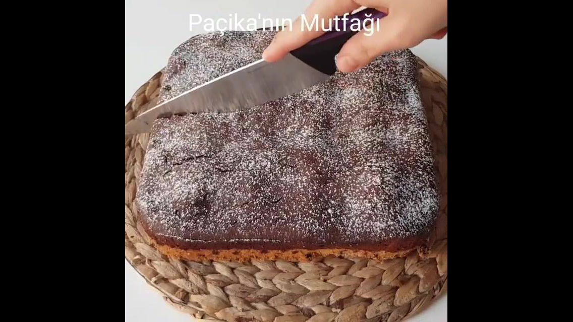 Cookies com bolo e bolachas recheadas