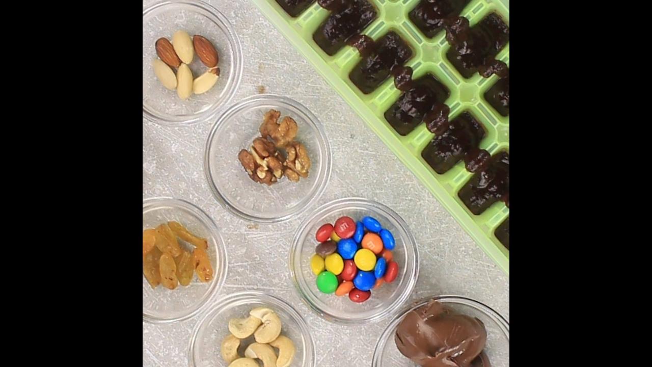 Cubos de Chocolate ao Leite com 8 Recheios diferentes