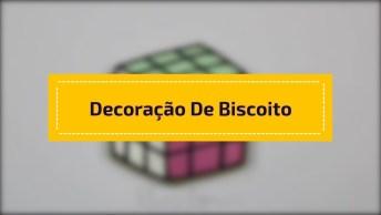 Decoração De Biscoito Com Glacê Real, Com Desenho De Cubo Magico!