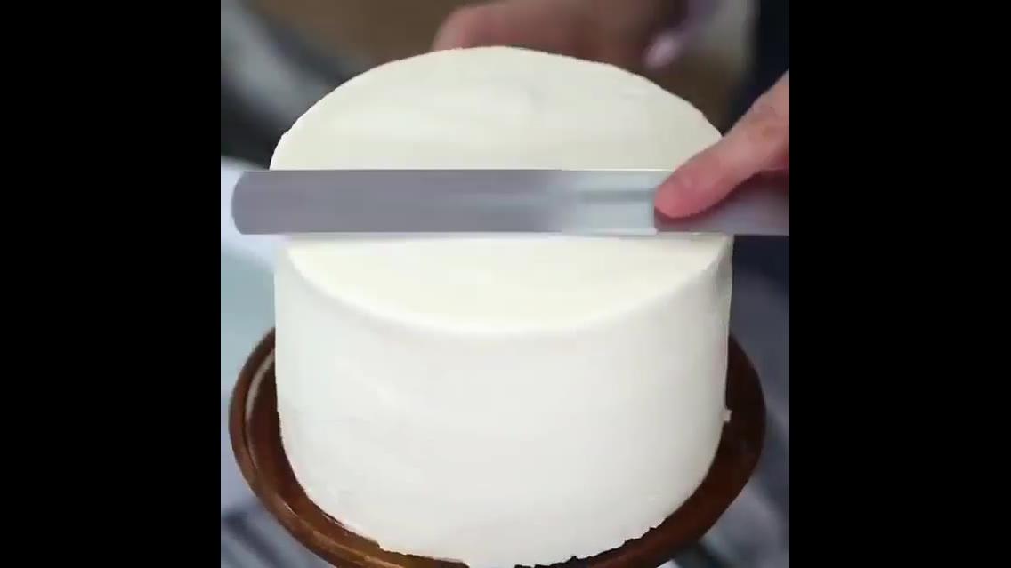 Inspiração de decoração de bolo com mini rodas de glace