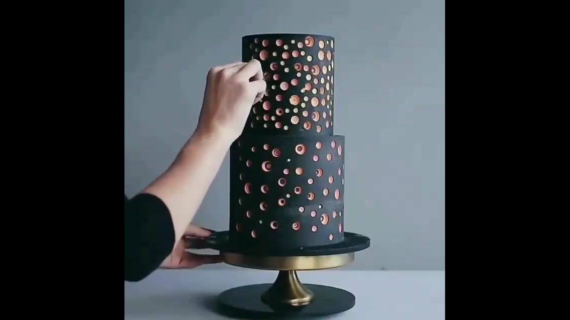 Inspiração de decoração de bolo diferente de tudo que você já viu, confira!!!
