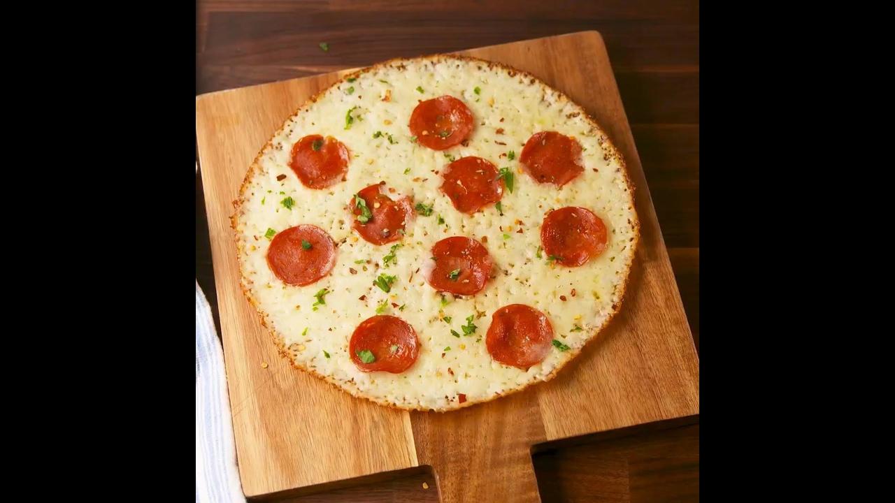 Low Carb - Uma ideia de pizza para matar sua vontade de comer essa delicia