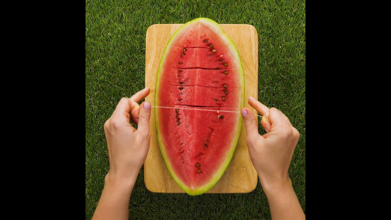 Maneiras fáceis de abrir e servir frutas