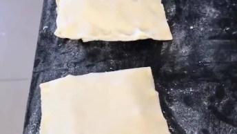 Massa De Pastel Caseira, Bem Fácil De Fazer E Fica Uma Delicia!