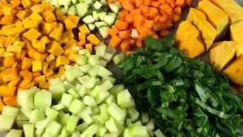 Melhor Receita De Sopa De Legumes Da Internet, Vale A Pena Aprender!