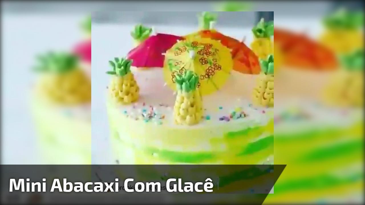 Mini abacaxi com glacê