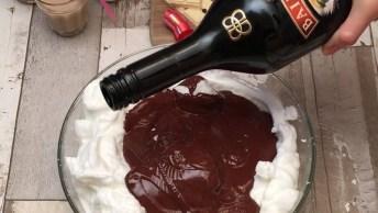 Mousse De Chocolate Ao Leite Em Copinhos Comestíveis De Chocolate Branco!