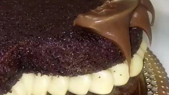 Naked Cake Em Formato De Coração, Mais Uma Ideia De Decoração!