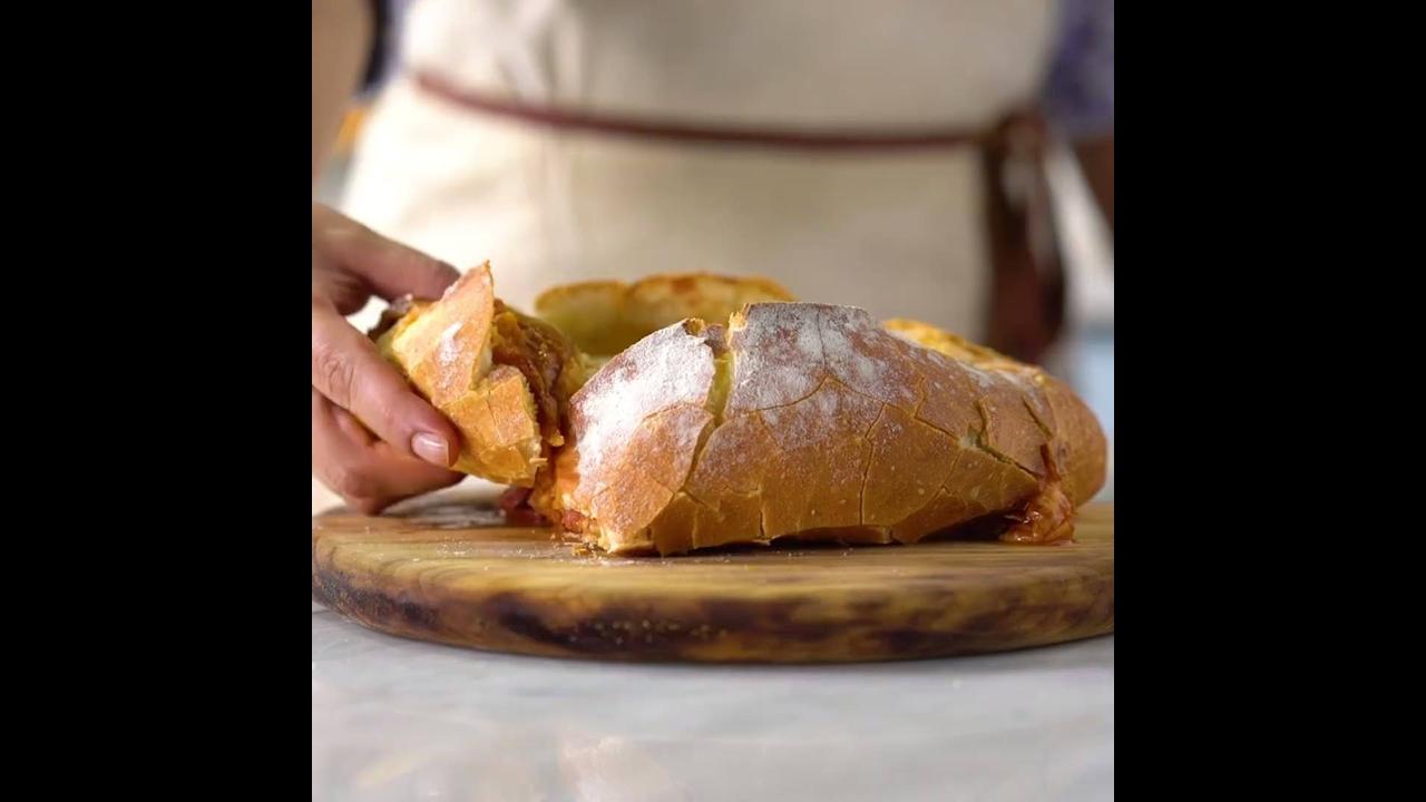 Pão Italiano com Recheio de Pizza
