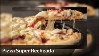 Pizza Que Um Pedaço Só Já Mata A Fome, Deve Ser Muito Bom!