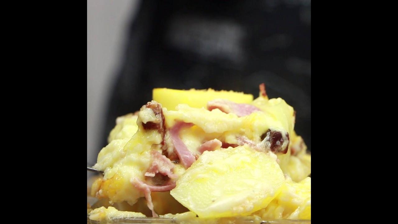 Receita de batata gratinada a portuguesa, fácil de fazer uma delicia de comer!!!