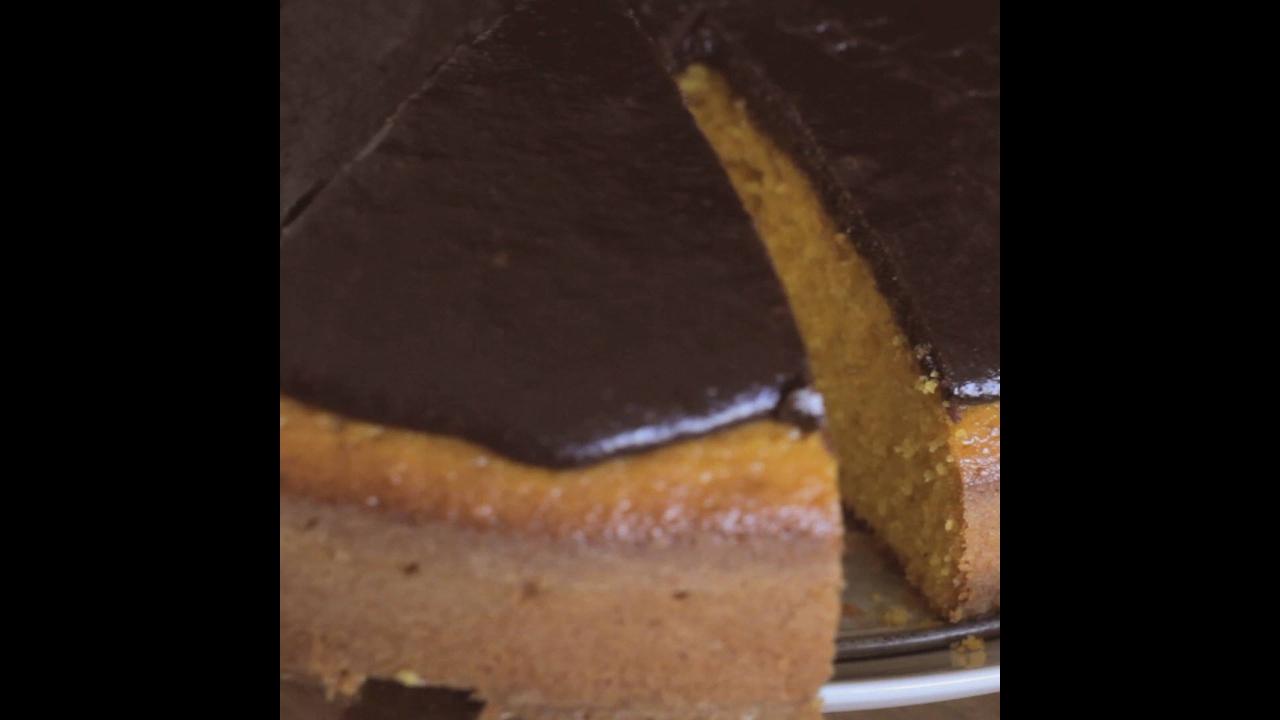 Receita de bolo de cenoura simples, super rápido de preparar!