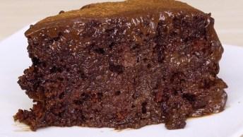 Receita De Bolo De Chocolate Super Molhadinho, Olha Só Que Delicia!